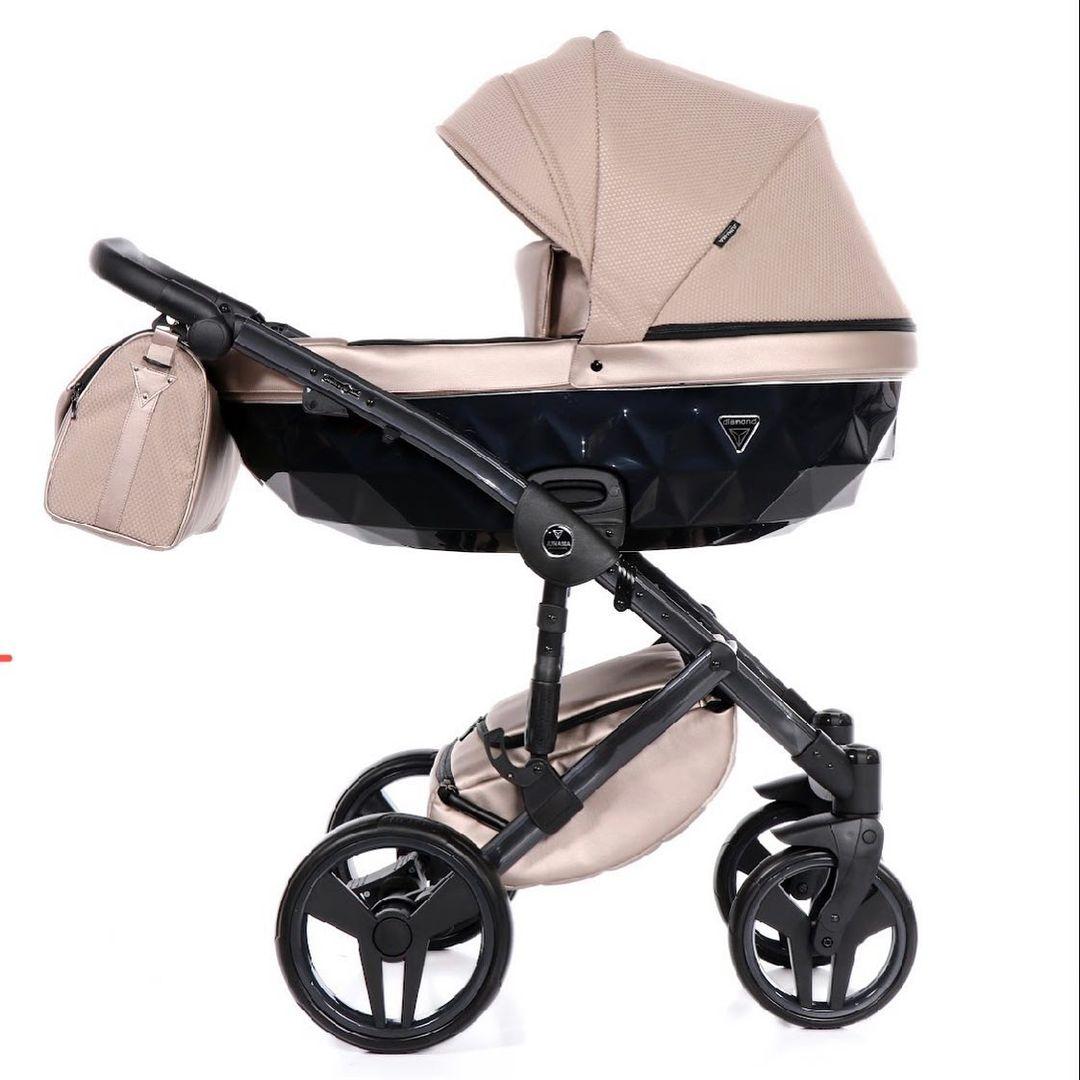Junama Saphire 06 - 𝚕𝚒𝚐𝚎 𝚗𝚞 𝚜𝚙𝚊𝚛𝚎𝚛 𝚍𝚞 -25%   #Fluoline #gravid2021 #gravid #babybule #preggo #autostol #barnevogn #klapvogn #børn #baby #junamasaphire #junamadiamond #junamacandy #junamaindividual #førstefødte #morforførstegang #junamadk #junamaofficial #pram #prams #webshop #shopping #baby #newborn #parenting #denmark #junamascandinavia