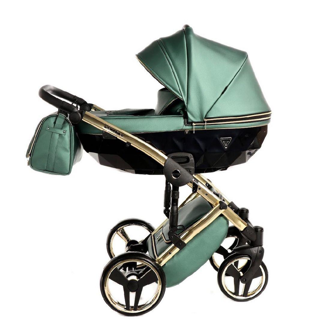 Mid season Sale 💚 Spar lige nu -25% på hele Fluo Line serien. Karakterisk ved denne serie er at alt er i PLU læder. Nemt at rengøre og unik i farve og design.   Besøg shoppen og se alle modeller (barnevogn + klapvogn)   #Junama #Junamadk #babybule #gravid #fødsel #gravid2021 #baby #babyudstyr #barnevogn #klapvogn #shopping #københavn #sverige #denmark #sweden #norway #sales #octobersales #prams #stroller #moms #mom