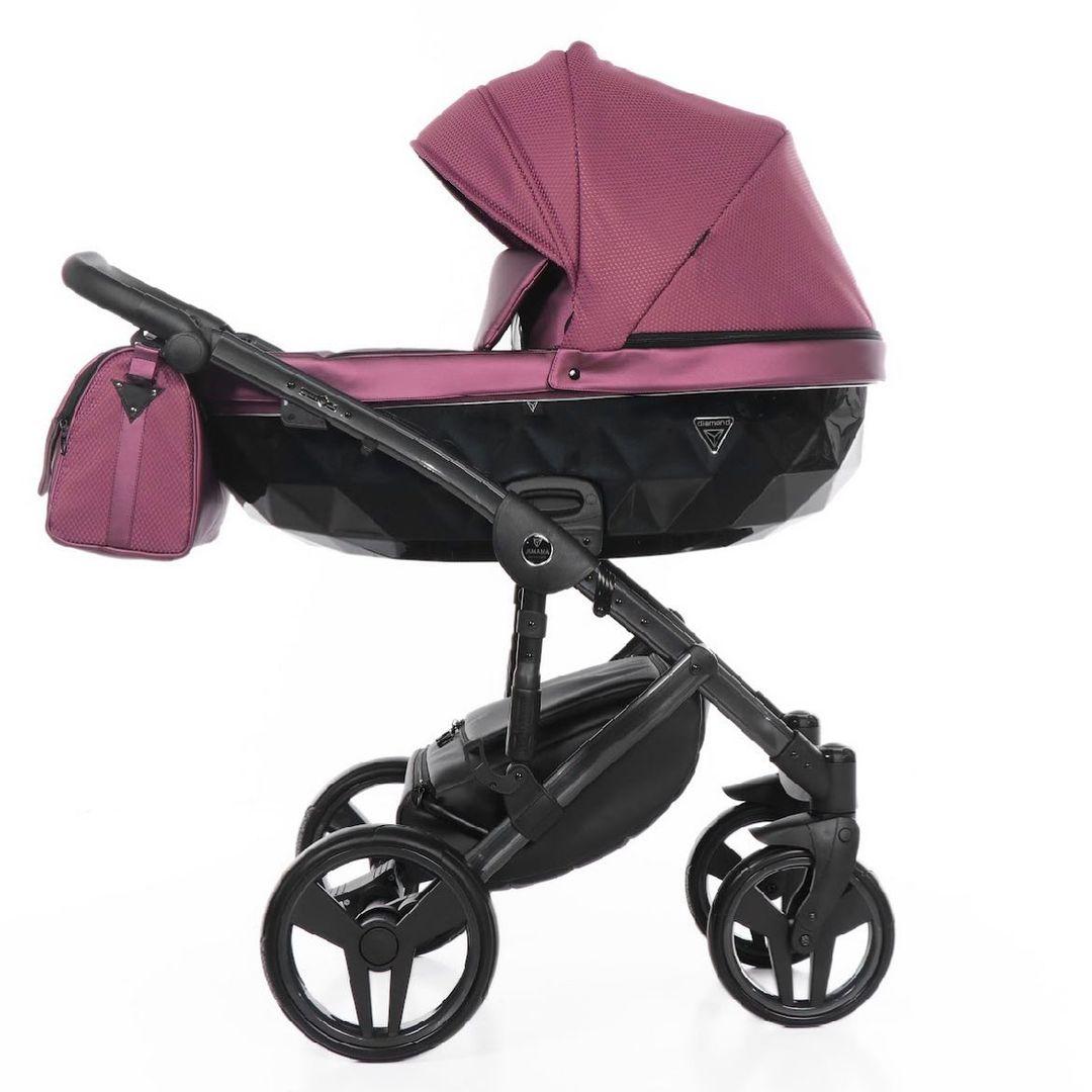 Mid season Sale 💜 Spar lige nu -25% på hele Saphire serien. Normal pris 9999 dkk / NU KUN 7499kr. Swipe for at de alle dele i pakken.   Besøg shoppen og se alle modeller (barnevogn + klapvogn)   #Junama #Junamadk #babybule #gravid #fødsel #gravid2021 #baby #babyudstyr #barnevogn #klapvogn #shopping #københavn #sverige #denmark #sweden #norway #sales #octobersales #prams #stroller #moms #mom